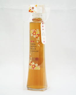 メープルシロップ梅黒酢 300ml (箱入り)