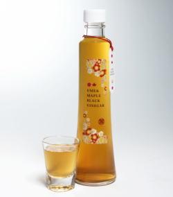 メープルシロップ梅黒酢 300ml